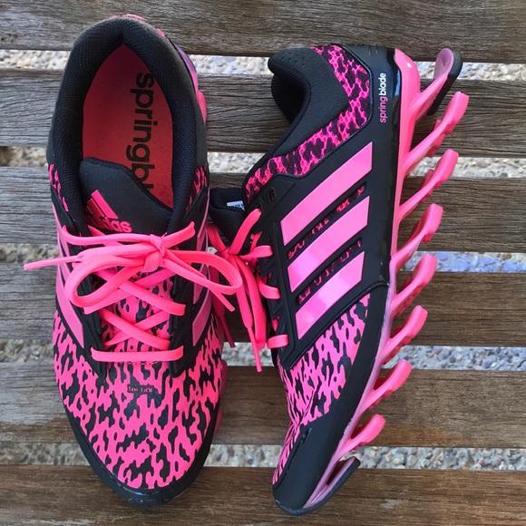 le adidas rosa e nero springblade poshmark